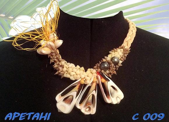 """""""APETAHI"""" collier de Coquillages et Perles"""