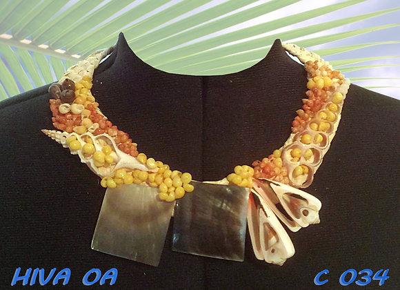 """HIVA OA"" Collier de Coquillages et Nacres"
