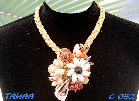 """""""TAHAA"""" Collier de Coquillages et Perle"""