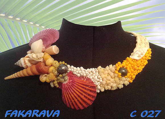 """FAKARAVA"" Collier de Coquillages et Perles"