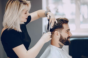 guy-in-the-barbercos-XMGQLSN_edited.jpg