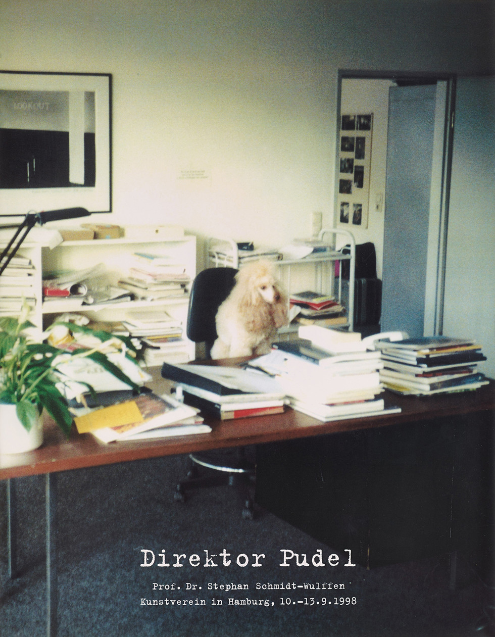 Direktor Pudel (Director Poodle), 1998 © Christian Jankowski. Courtesy Lisson Gallery