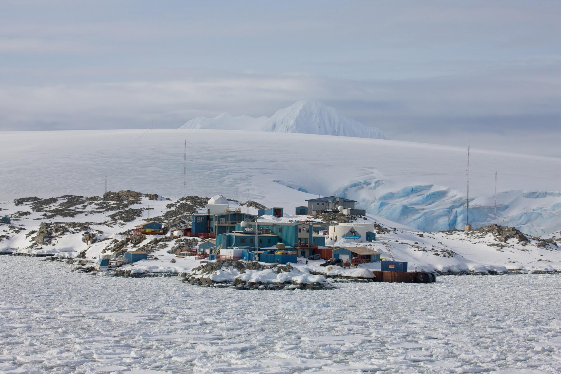 Field Station Palmer. Antarctic Peninsula, 2008