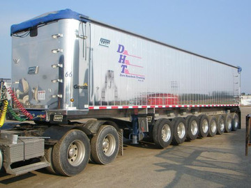 Dave Hausbeck Trucking.jpg