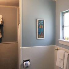Beach Room Bathroom.jpg