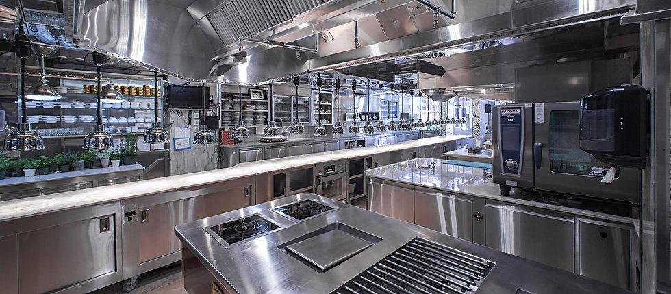 Com Kitchen.jpg