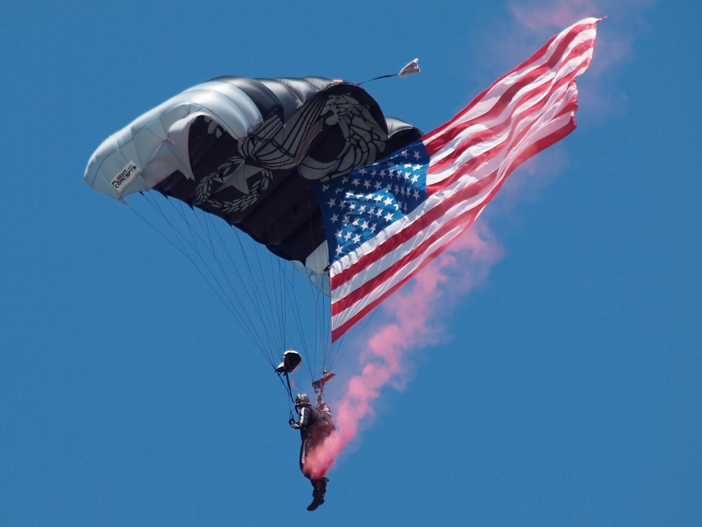 US Army Silver Wings Parachute Team
