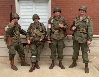 WWII Reenactors.JPG