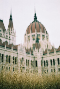 parlament2.jpg