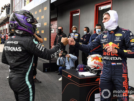 Duel au sommet de la F1: Hamilton et Verstappen. Leclerc, hors jeu.