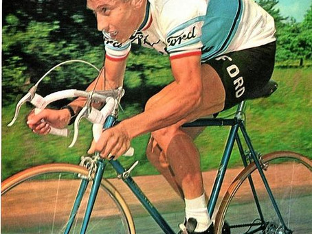 Le vélo c'est Anquetil et non pas cette France bobo qui pue la sueur