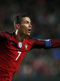 Meilleur buteur de C1 et des équipes nationales, C. Ronaldo est mis hors course du Ballon d'or 2021