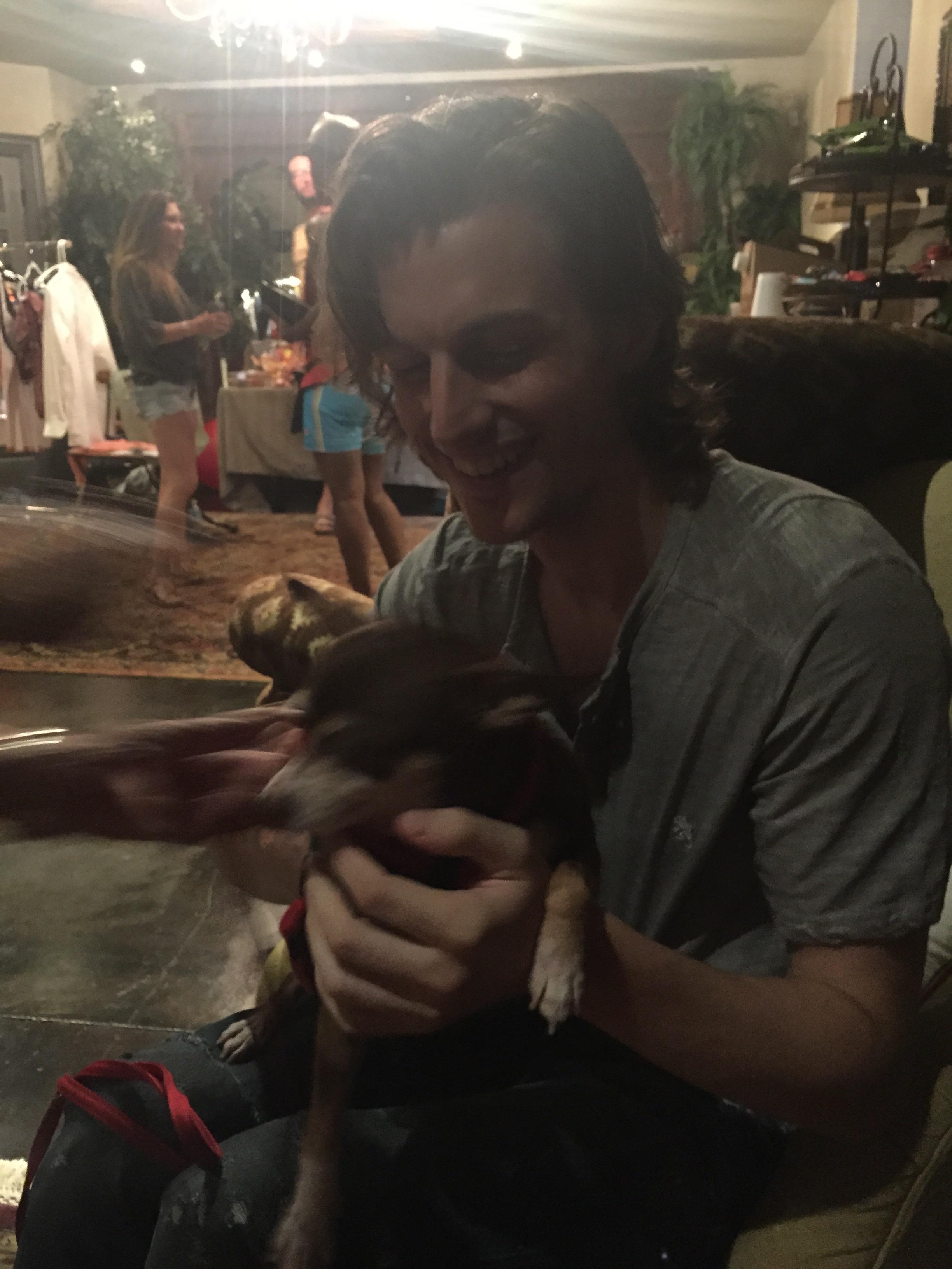 Ahhhh, a puppy!