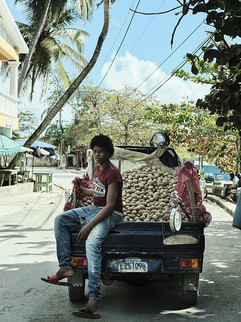 Potatoes seller @ Dominican Republic