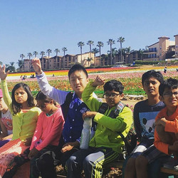 Shout out to #carlsbadflowerfields for having us today!!_#learning#fun