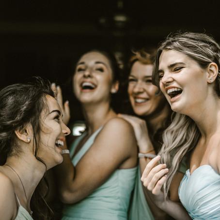 6 cosas cero románticas que necesitas el día de tu boda