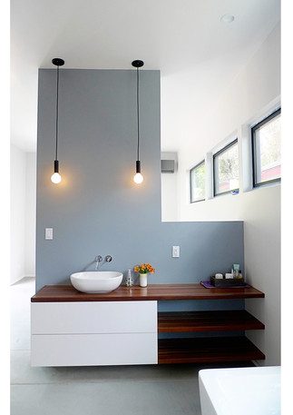 Able-and-Baker-Del-Valle-Master-Bath-Ver