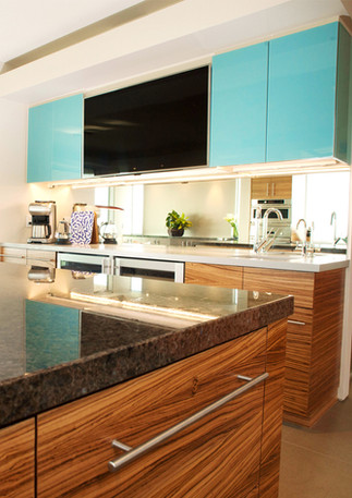 Able-and-Baker-Sachs-Blue-Bar-Kitchen-ve