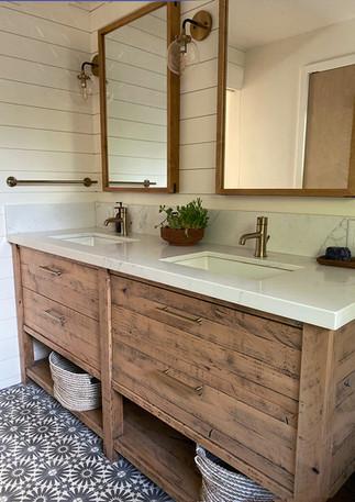 Klein-bath-vanity-ojai-IMG_1789_ableandb