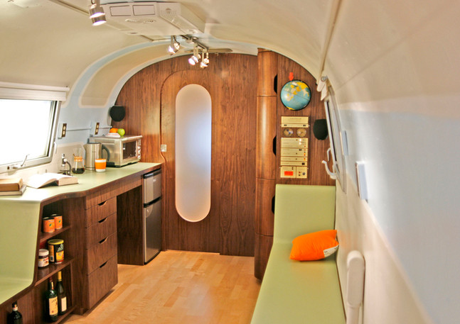 Able+And+Baker+Airstream+11+for+Ventana.