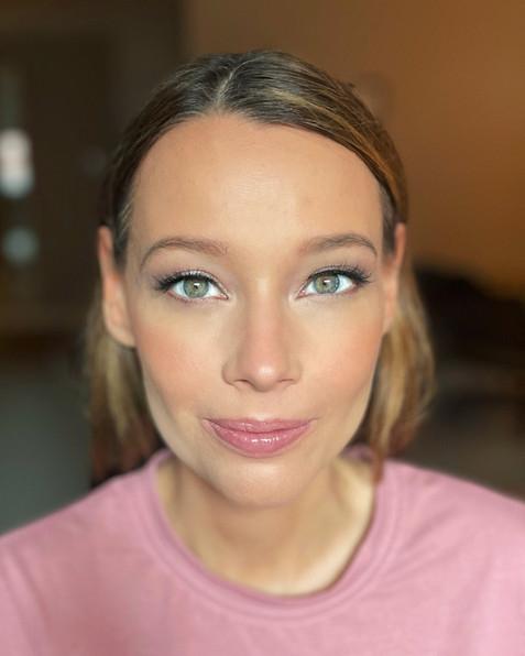makeup.artist.canada.JPG