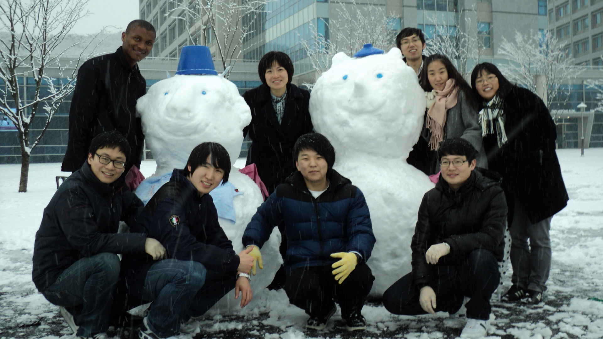 2011 snowmanwith fruits