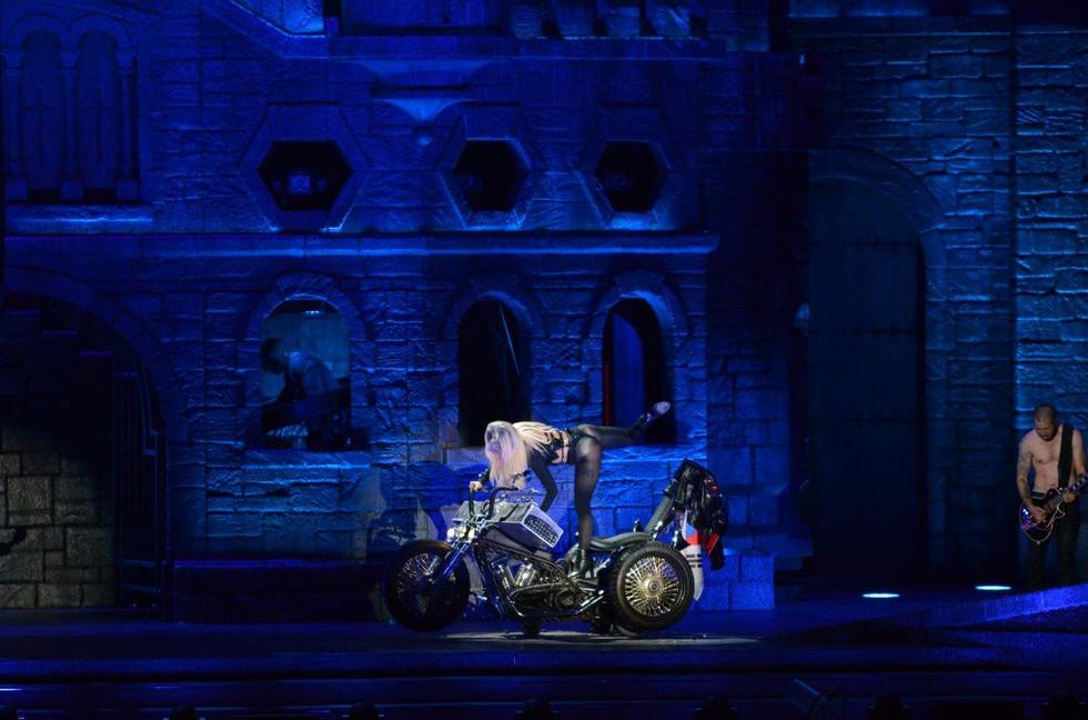 LADY GAGA - THE BORN THIS WAY TOUR - 2012