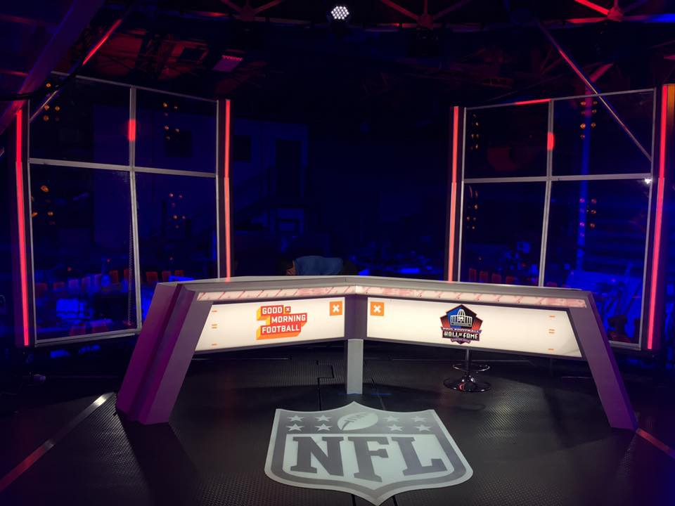 NFL MEDIA CRUISER