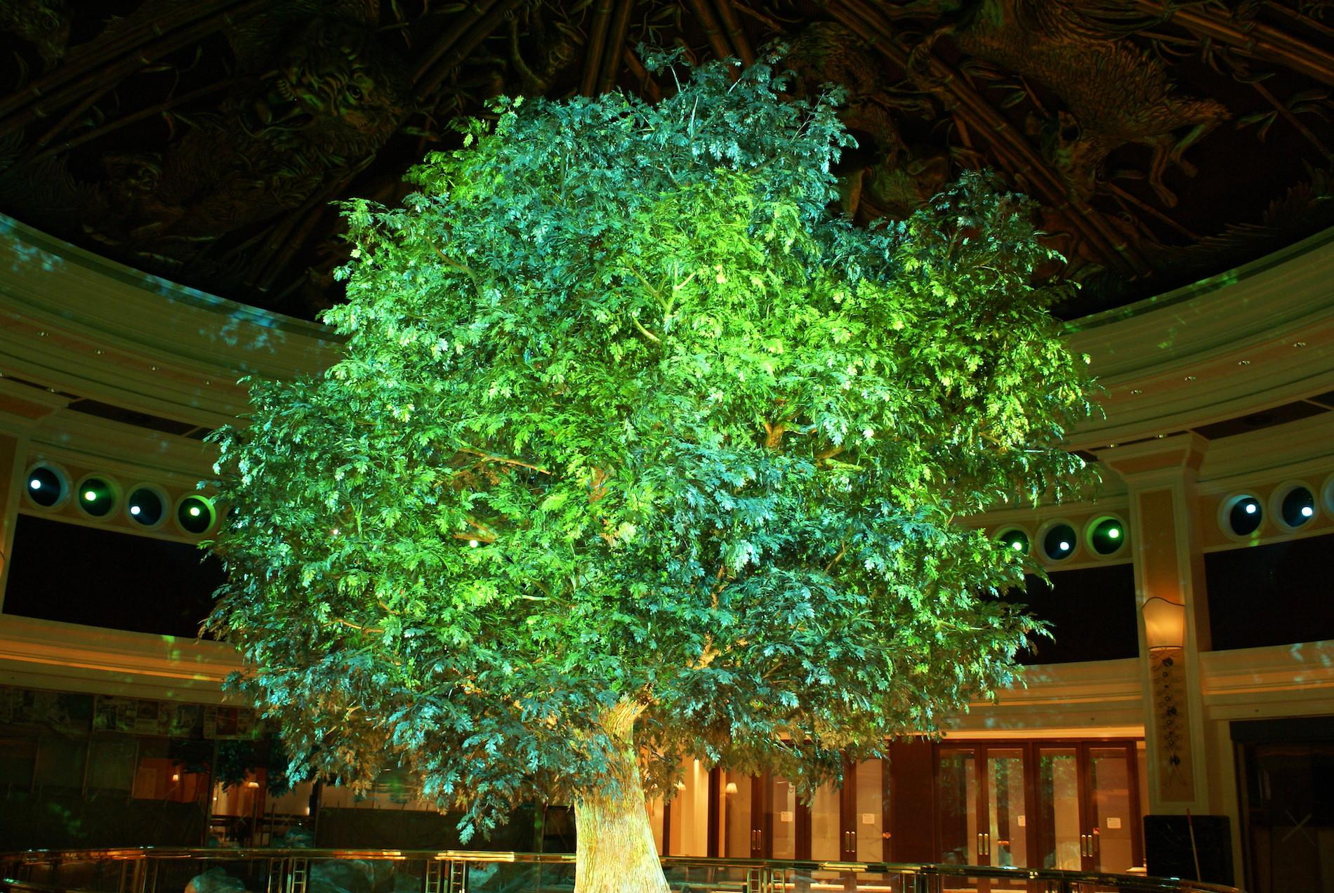 TREE OF PROSPERITY - WYNN MACAU