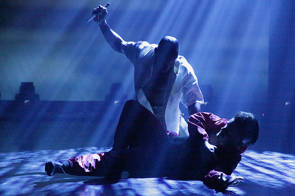 ROMEO AND JULIET - BAD BOYS OF DANCE