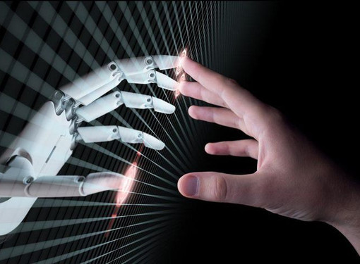 HOW TO STRIKE A BALANCE BETWEEN RELYING ON AI AND EMPHASIZING A HUMAN TOUCH