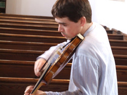 Huw Daniel - violin