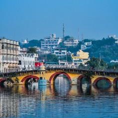 Udaipur bridge.jpg