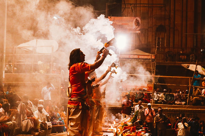 Varanasi aarti.jpg