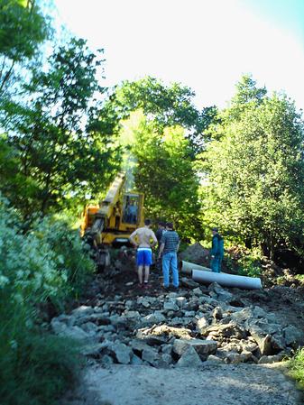 Pre jednu z foriem spolupráce s obcou Fulianka dala príčinu i lokálna prírodná katastrofa v roku 2010, kedy sa zosunula časť cesty, spájajúca mlynskú usadlosť v časti obce, zvanej Dubravka s obcou...