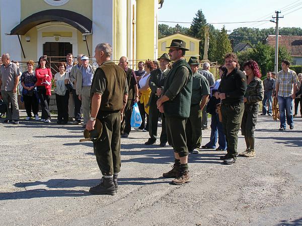 V roku 2008 si miestni poľovníci na slávnosť Dňa obce Fulianka v septembri pozvali svojich kolegov zo susedných poľovných združení, čo znovu posunulo diapazón vytvárania vzťahov mimo hranice obce Fulianka...