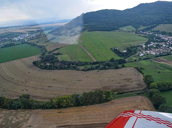 Areál mlynskej usadlosti tvorí pozemok s rozlohou cca 4 ha od obce Fulianka pozdĺž Sekčova a končí asi 500 m za budovou mlyna...