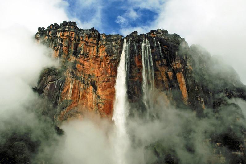 Kerepakupai falls (Salto Angel)