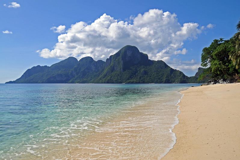 Ipil beach