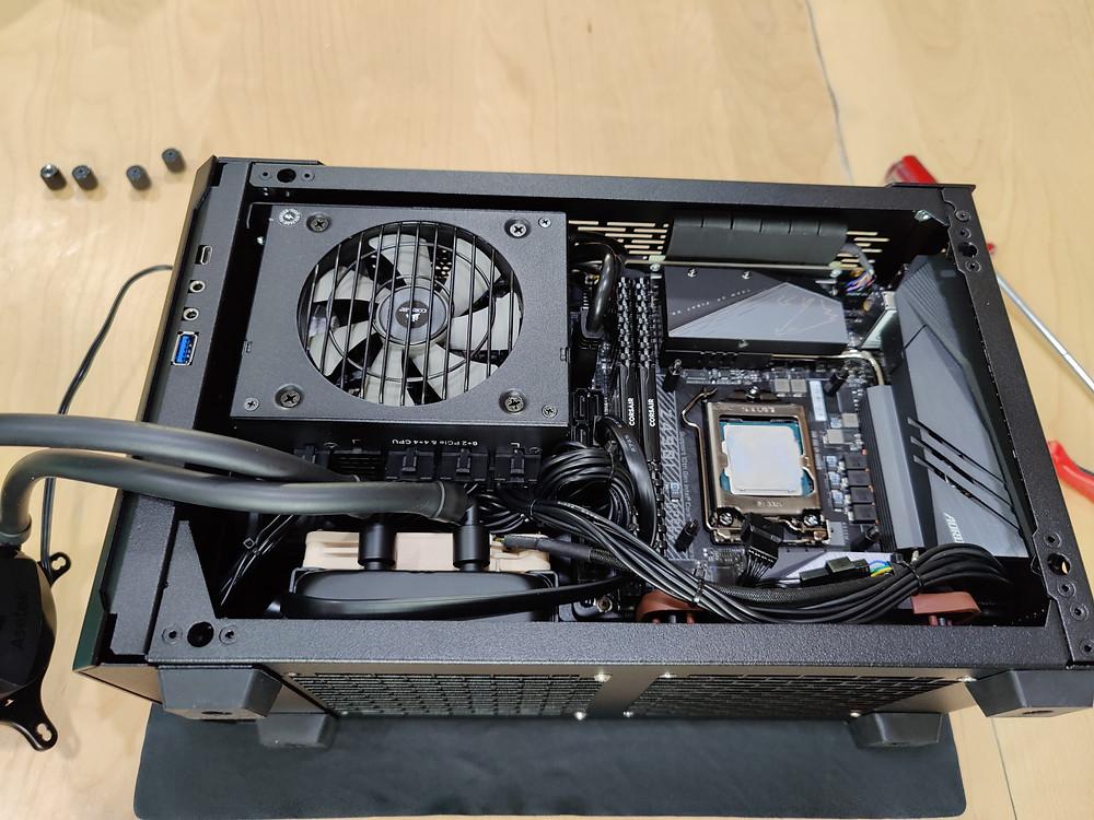 SM 560 with Astek 92mm cooler