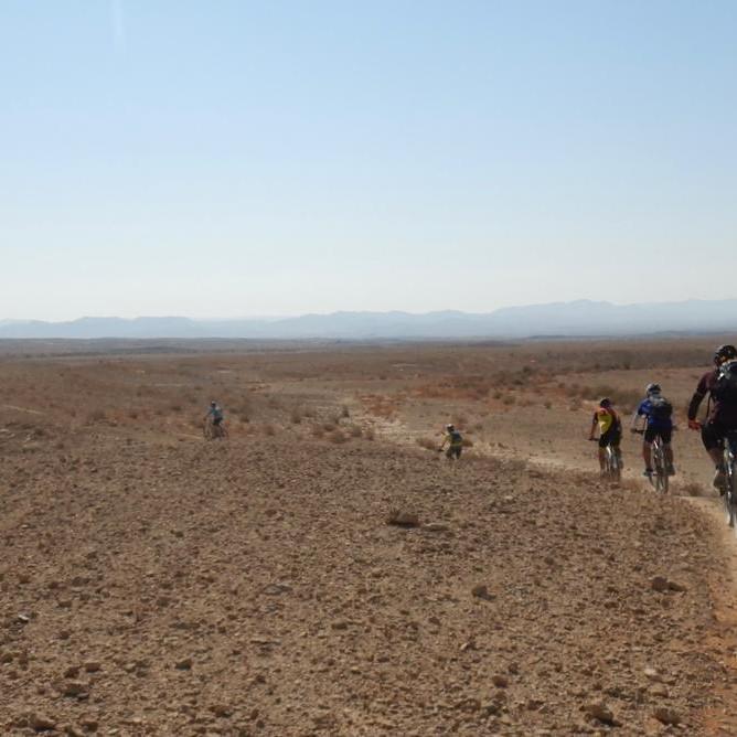 רכיבה עצמאית על שביל ישראל לאופניים - שדה בוקר לערבה