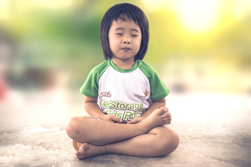 meditating-1894762_1920_edited.jpg