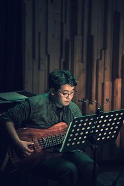 곽석규 Bass