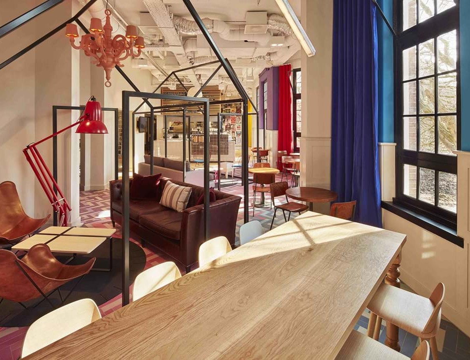 Generator Hostel Amsterdam - Licensing and contracting