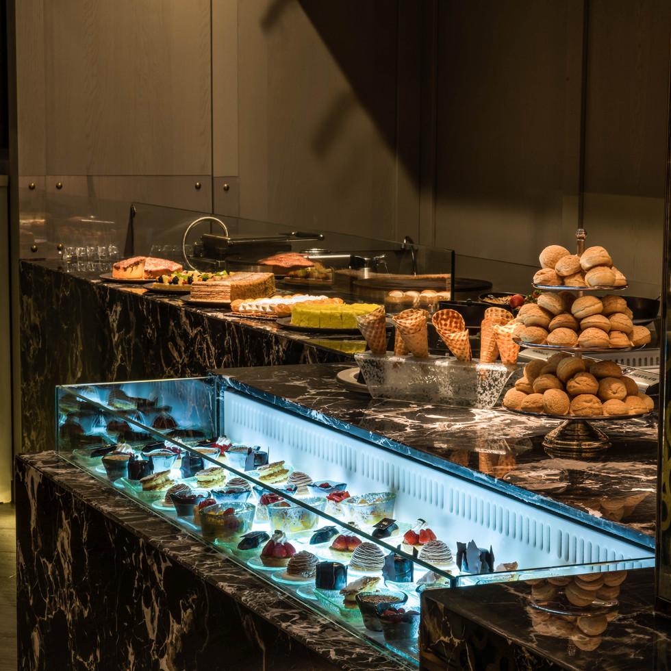 Multaqa - upscale buffet seafood restaurant