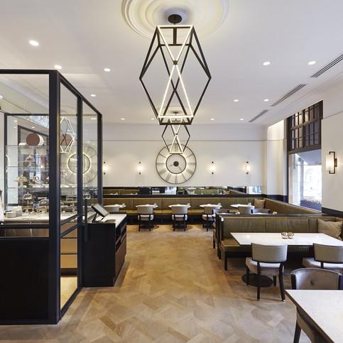 Grand Café Krasnapolsky - Modern grand café in historical hotel location