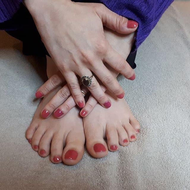 Belle des pieds à la tête