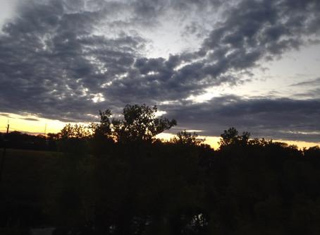 縱使烏雲密佈,它總是會過去