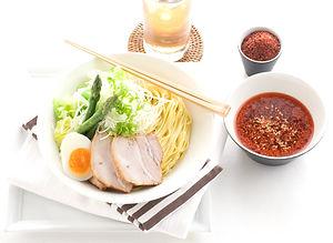 辛辛つけ麺調理イメージ_edited.jpg