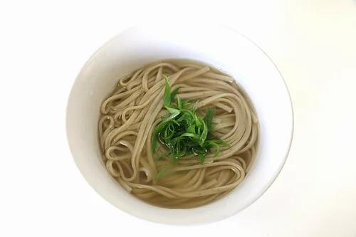菊芋うどんの調理例